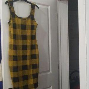 Dresses & Skirts - Clueless Style Yellow & Black Bodycon Dress XL